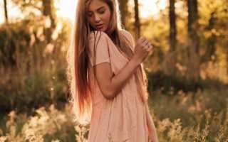 Светло бежевое платье