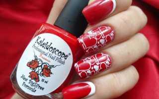 Дизайн ногтей бело красный