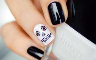Дизайн ногтей с черепами