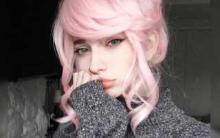 Кислотно розовые волосы
