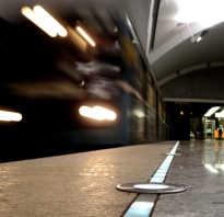 Почему в метро останавливаются поезда