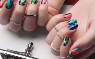 Дизайн аэрографом на ногтях фото