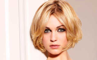 Каре на короткие волосы с челкой фото